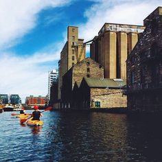 Kayaking the River Liffey. Docklands, Dublin, Ireland. @usitwii @bunac_global