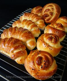 brioches salées 1 - cuisine à 4 mains                                                                                                                                                                                 Plus Sandwich Roll Recipe, Brioche Loaf, Just Bake, Clay Food, Empanadas, Christmas Cooking, Bread And Pastries, Home Baking, Pastries