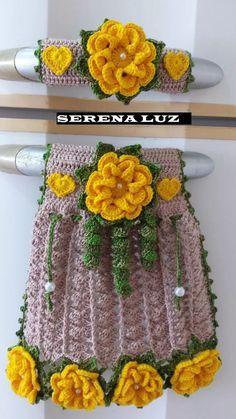 Stylish And Adorable Free crochet pattern - Diy & Crafts Crochet Kitchen, Crochet Home, Crochet Baby, Free Crochet, Crochet Flower Tutorial, Crochet Flowers, Crochet Towel Tops, Knitting Patterns, Crochet Patterns