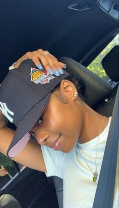 Beautiful Black Girl, Pretty Black Girls, Beautiful Women, Baddie Hairstyles, Black Girls Hairstyles, Bae, Pretty Females, Black Girl Aesthetic, Girl With Hat