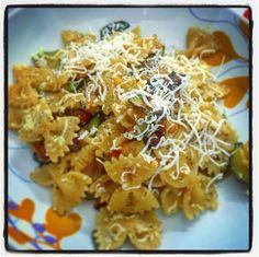 #evo #olioflaminio #instaoil #evolovers #liocca #olioflaminiolover #instapic #instaphoto #food #foodblogger #farfallerigate #lamolisana #curry #zucchine #ricottasalata