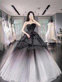 Pretty Quinceanera Dresses, Pretty Dresses, Wedding Dresses, Formal Dresses, Kpop Fashion Outfits, Girl Fashion, Fashion Dresses, Princess Ball Gowns, Fairytale Dress