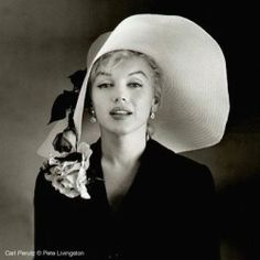 Marilyn Monroe sun hat