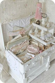 8 Creative And Inexpensive Diy Ideas: Shabby Chic Wallpaper Bed Frames vintage shabby chic clothes.Shabby Chic Home Farmhouse Style. Shabby Chic Nightstand, Shabby Chic Vanity, Shabby Chic Pillows, Shabby Chic Furniture, Chic Bedding, Shabby Chic Mode, Shabby Chic Style, Shabby Chic Decor, Shabby Vintage