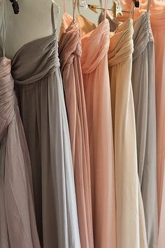 dusty hues for bridesmaid dresses.  rather than one color, this bride chose a complimentary palette.  so so so pretty