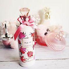 【限定】可愛い上に機能的♡ジルスチュアートのStrawberry valentineシリーズ! Perfume Bottles, Wine, Decor, Decoration, Perfume Bottle, Decorating, Deco