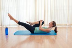 運動嫌いさんにおすすめの簡単かつ短期間で効果の分かる、お腹のトレーニング方法をご紹介していきます。1日3分だけなので、忙しくても続けれらますよ。ぜひトライしてみてください。