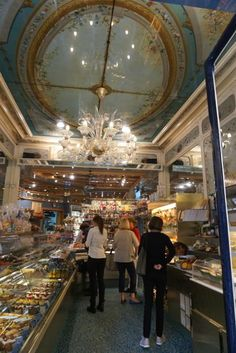 Famous pastry shop Stohrer opened by the former baker of the Queen of France. On Rue Montorgueil in Paris.