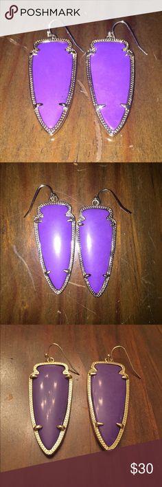 Kendra Scott Earrings Kendra Scott. Skylar earrings. Purple color. In great condition & really cute on. Worn once or twice. Kendra Scott Jewelry Earrings