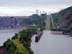 Krasnoyarsk Dam - Wikipedia, the free encyclopedia