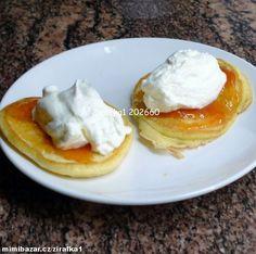 Nadýchané lívance bez kynutí Czech Desserts, Czech Recipes, Graham Crackers, Sweet Recipes, Sweet Tooth, Deserts, Dessert Recipes, Food And Drink, Cooking Recipes