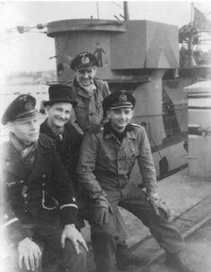German Submarines, Ship Of The Line, Battleship, Vintage Photographs, Warfare, Ww2, Schreiber, Sailing, Aviation