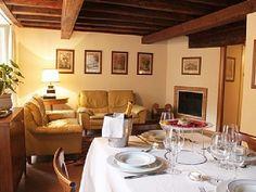 Centro Storico (Old Rome) apartment rental - Monserrato 1. Living-dining room