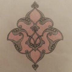 Arabic Pattern, Pattern Art, Glass Etching Designs, Hand Quilting Designs, Pencil Drawings Of Flowers, Illumination Art, Arabesque Pattern, Book Page Art, Turkish Art