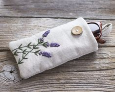 Hand embroidered Lavender Flowers on Natural Linen and Cotton Zipper Pouch, Floral Cosmetic Bag, Lavandula angustifolia Embroidery Flower Embroidery Designs, Embroidery Bags, Zipper Flowers, Fabric Flowers, Flower Sunglasses, Sunglasses Case, Lavender Sachets, Lavender Flowers, Ribbon Flower Tutorial