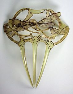 Dragonfly haircomb by Rene Lalique
