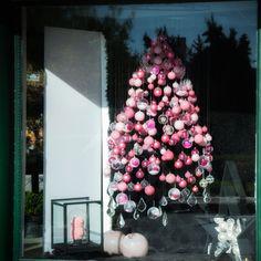 Χριστούγεννα , βιτρίνα καταστήματος Christmas Tree, Holiday Decor, Home Decor, Teal Christmas Tree, Decoration Home, Room Decor, Xmas Trees, Christmas Trees, Home Interior Design