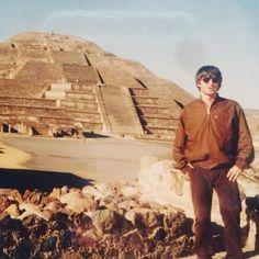 Serge Gainsbourg, Noel Gallagher, Rock Music, Oasis, Hipster, Sky, Book, Instagram, Heaven