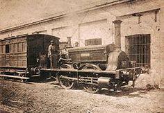 Locomotora La Porteña. Origen The Railway Foundry Leeds, Inglaterra, construida por la firma E.B. Wilson y adquirida por la Empresa Camino de Hierro. También vinieron sus maquinistas, los hermanos John y Tomas Allan. Rodado tipo 0-4-0 ST. Trocha Ancha (1,65 m). Velocidad 25 km/h. Peso 15.750kg. En servicio público entre agosto de 1857 y agosto de 1889, y hasta 1899 sólo para maniobras. Se exhibe en el Museo Provincial de Transportes (Luján) junto con uno de los vagones de madera