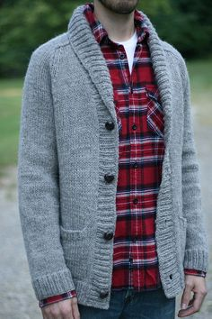 tim's smokin' jacket by sarawallacemack, via Flickr on Ravelry   in: Son of Stitch 'n Bitch: 45 Projects to Knit and Crochet for Men