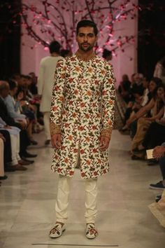 Rohit Bal at India Couture Week 2016 - Look 1