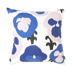 Cushions are perfect for updating your home according to mood and occasion. Stylish sofa cushions give a finishing touch to living rooms whereas colourful cushions brighten up children's rooms. Colourful Cushions, Blue Cushions, Printed Cushions, Cushions On Sofa, Throw Pillows, Nordic Interior Design, Van Interior, Blue Cushion Covers, Pillow Cover Design