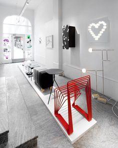 Mirror in Love - Designer Lisa Hilland