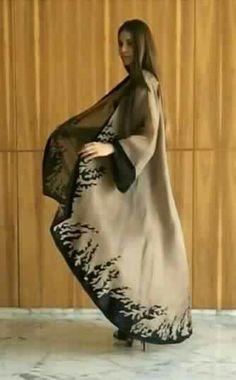 Abaya I want Abaya Fashion, Muslim Fashion, Kimono Fashion, Modest Fashion, Fashion Dresses, Abaya Chic, Abaya Pattern, Modern Abaya, Parda