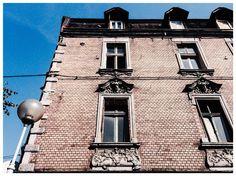 #SIEMIANOWICE ŚLĄSKIE, ul. Krótka 7 #townhouse #kamienice #slkamienice #silesia #śląsk #properties #investing #nieruchomości #mieszkania #flat #sprzedaz #wynajem Ul, Townhouse, Mansions, House Styles, Home Decor, Decoration Home, Terraced House, Manor Houses, Room Decor