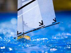 RC sailboat by Giovanni Gambacciani / 500px