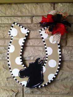 Horseshoe door hanger with horse head by shutthefrontdoor2 on Etsy