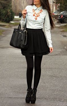 Ideas para verte fabulosa con una falda skater 57 Magical Street Style Looks That Will Make You Look Great – Ideas para verte fabulosa con una falda skater Source Stylish Outfits, Fall Outfits, Cute Outfits, Fashion Outfits, Cheap Fashion, Womens Fashion, Black Tights Outfit, Black Skater Skirts, Skater Dresses