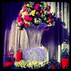Monogrammed Vase at Wedding | Full Spectrum Ice Sculptures