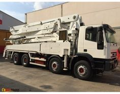 IVECO EUROTRAKKER concrete pump 32380 JUNJIN 43 M