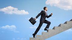 La Real Academia Española  define la palabra  emprendimiento  como:     1. m.  Acción  y  efe...