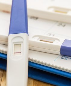 Looking for the best pregnancy test? Read The Bump guide to learn the difference between top pregnancy tests and find the best home pregnancy test for you. Best Pregnancy Test, Pregnancy Workout, Pregnant Diet, Getting Pregnant, Pregnancy Outfits, Pregnancy Photos, Summer Maternity Fashion, Beautiful Pregnancy, Pregnant Celebrities
