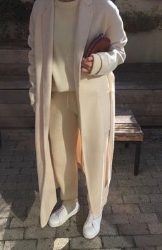 ivory coat, Winter Outfits,Winter is the coldest season beginning from December to February in the northern side of the equator and in the southern half of the globe from June t. Winter Mode Outfits, Winter Outfits, Casual Outfits, Spring Outfits, Work Outfits, Mode Ootd, Mode Hijab, Looks Chic, Looks Style