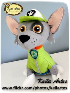 https://flic.kr/p/DXg8ht | PATRULHA CANINA - ROCKY | Personagens Patrulha Canina Material: feltro Tamanho: 26cm altura Informações: keilaartes@gmail.com