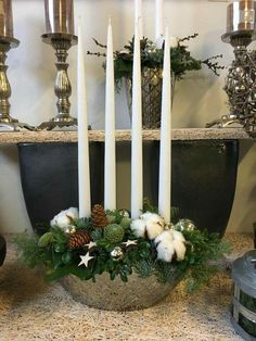 White Christmas, Christmas Wreaths, Christmas Decorations, Xmas, Ladder Decor, Candles, Home Decor, Christmas Table Centerpieces, Christmas Tables
