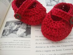 Crochet Mary Janes - free pattern