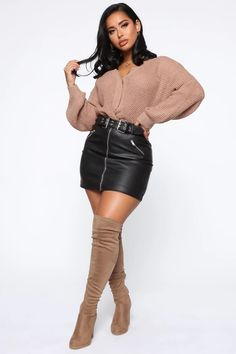 Getting To Know Me Knot Sweater Tan fashion nova Look Fashion, Fashion Outfits, Womens Fashion, Fashion Trends, Fall Outfits, Casual Outfits, Cute Outfits, Style Feminin, Looks Black