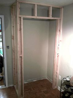 Drama Great tutorial on how to build a closet in an existing room.Great tutorial on how to build a closet in an existing room. Build A Closet, Home Repairs, Basement Remodeling, Basement Ideas, Remodeling Ideas, Bedroom Remodeling, Diy Home Improvement, Home Renovation, Home Organization