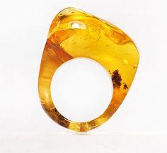 Baltic amber ring. /