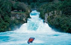 Bucket List #12 : Taking an amazing jet boat ride in Queenstown, New Zealand. Ask the Travelscene experts where to go?