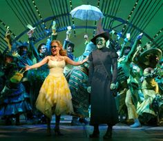 nothing quite beats the original cast of wicked with idina menzel and kristen chenoweth