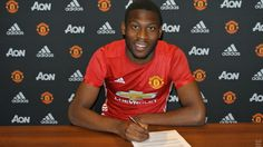 MANCHESTER UNITED SPORT NEWS: FOSU-MENSAH SIGNS NEW MANCHESTER UNITED DEAL