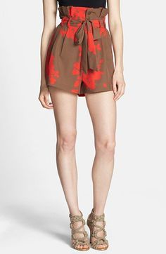 Pin for Later: Formt eure Taille, ohne Sport zu machen Rules of Etiquette Printed Paper-Bag Waist Shorts Rules of Etiquette Print Tie Waist Paper Bag Shorts ($64)