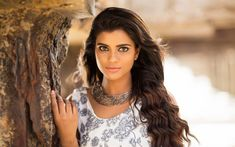 Download wallpapers Aishwarya Rajesh, Bollywood, indian actress, beauty, brunette, photoshoot