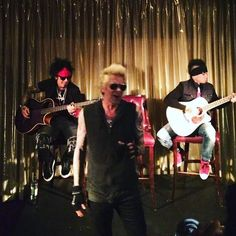 Playing some songs acoustically tonight in for friends and press. Sixx Am, Leo Star, Bret Michaels, Leo Zodiac, Apple Music, Rolling Stones, Dj, Songs, Concert