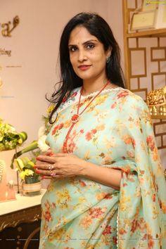 Beautiful Girl Indian, Beautiful Women, Nauvari Saree, Indian Beauty Saree, Desi, Age, Fashion, Indian, Moda